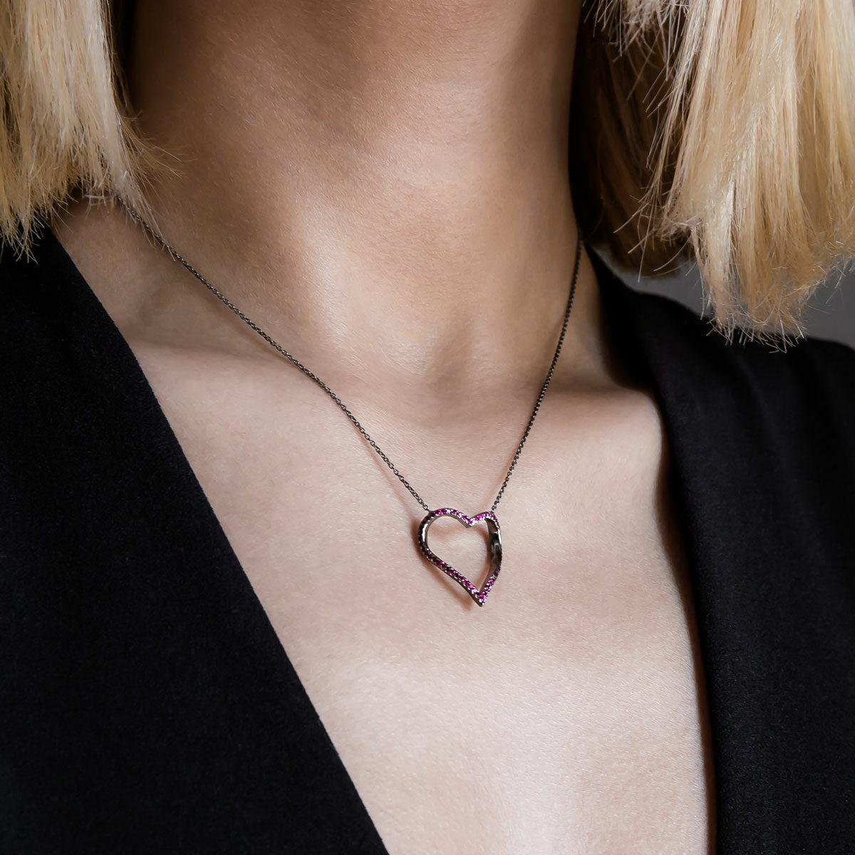 پرسته گردنبند طلا Black Heart ۲