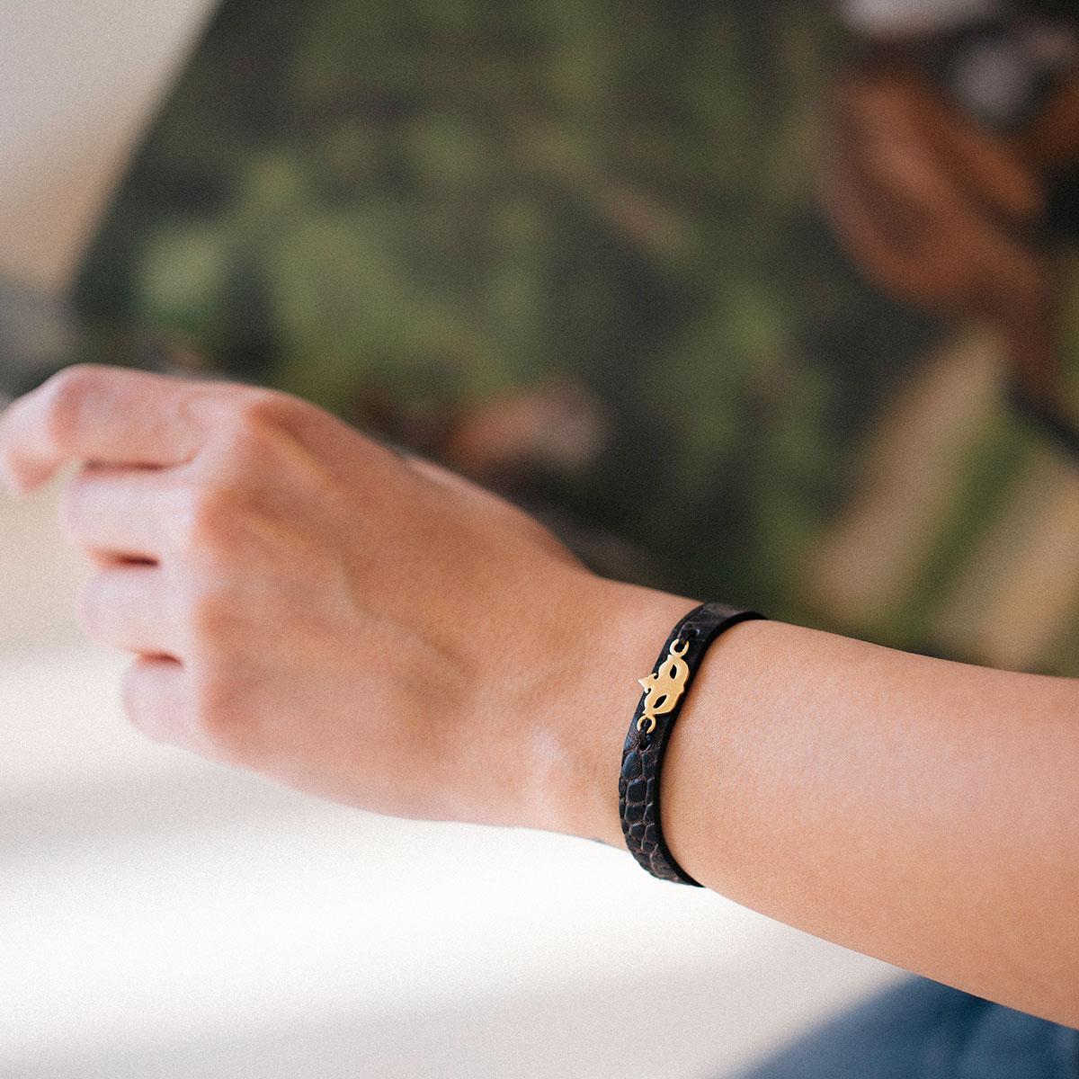 دستبند طلا نقاب ۲