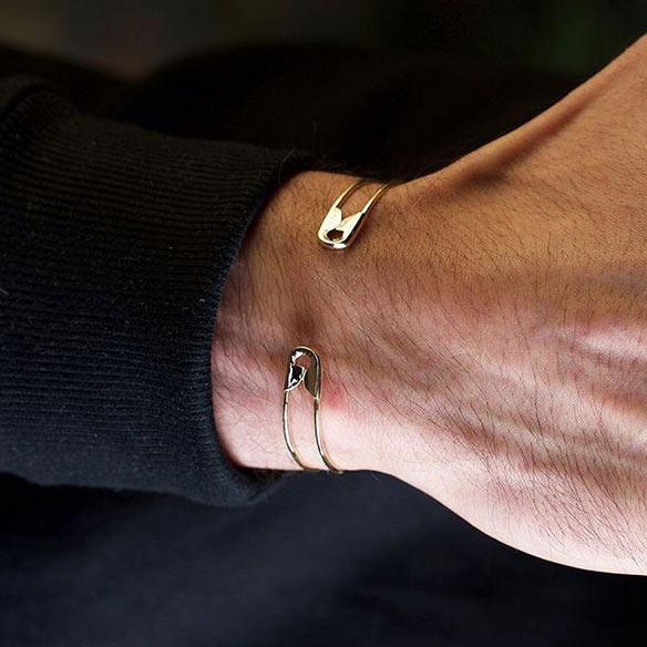 دستبند طلا سنجاق قفلی