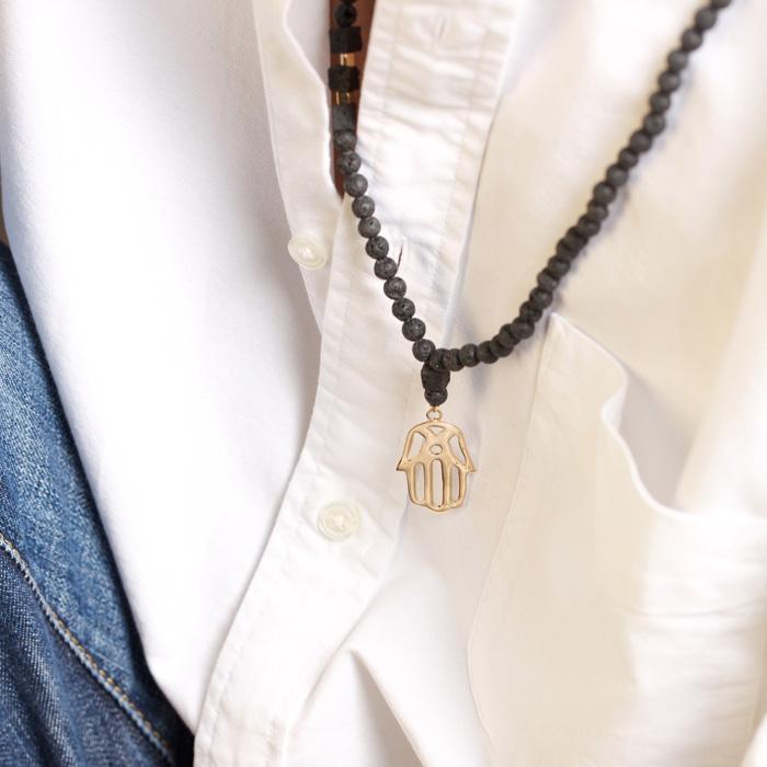 گردنبند طلا سنگی دست بزرگ