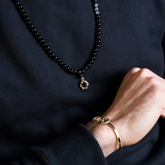 پرسته گردنبند طلا سنگی مهره