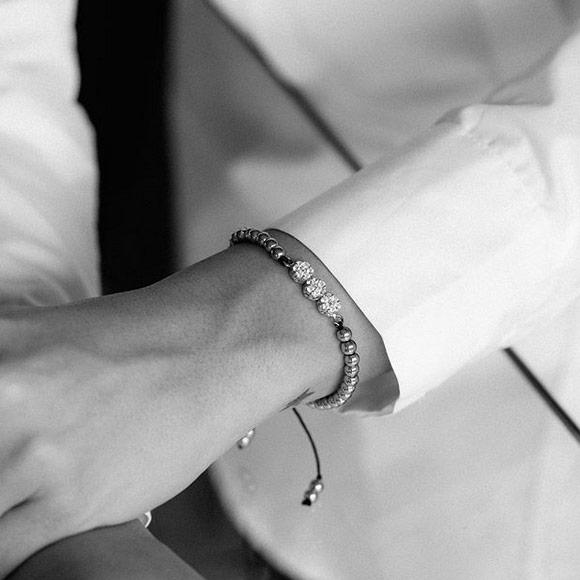 دستبند طلا سنگی سه فلاور