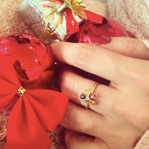 انگشتر طلا Multicolour