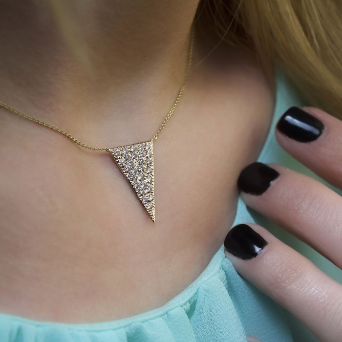 گردنبند طلا مثلث 2