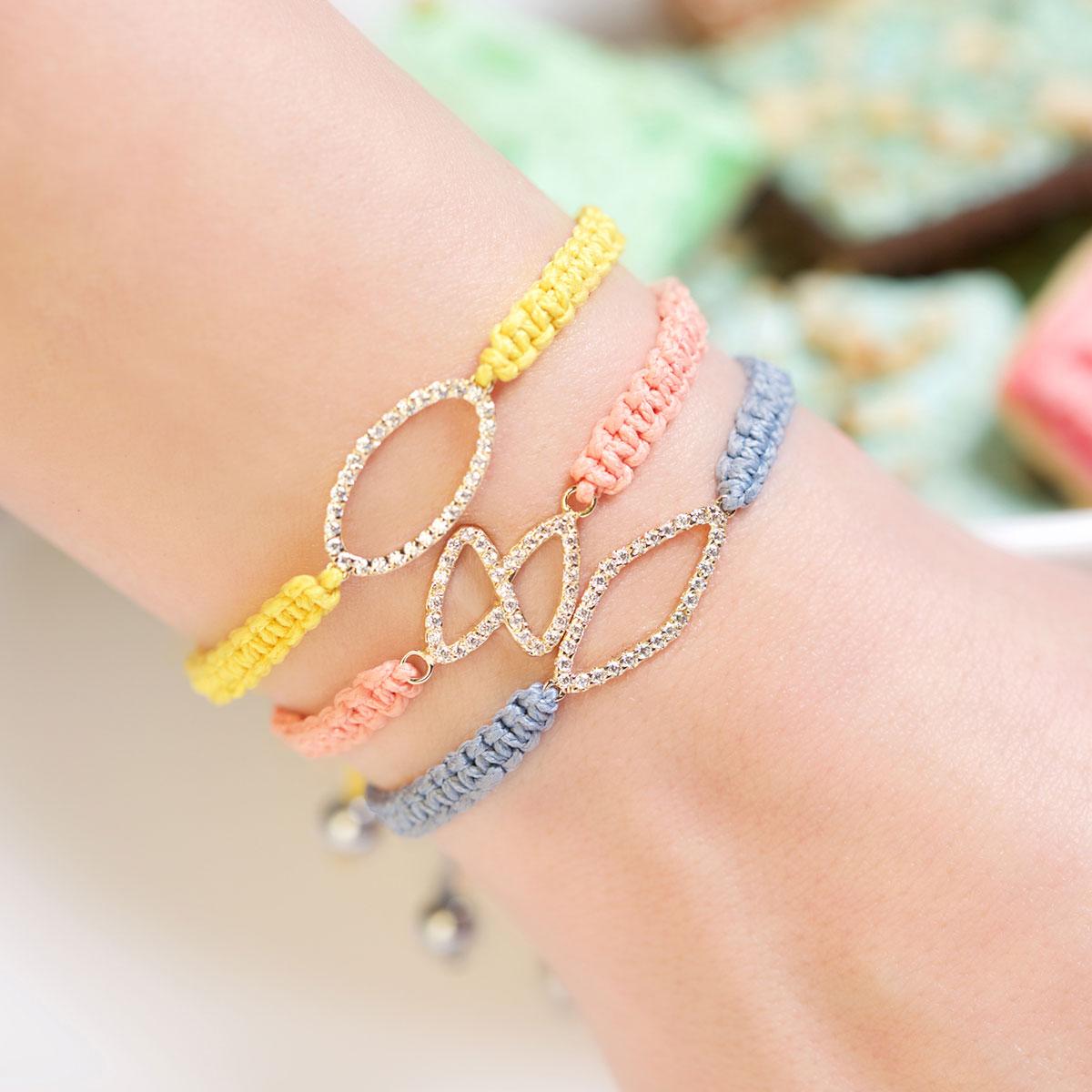 دستبند طلا بیضی نگین دار
