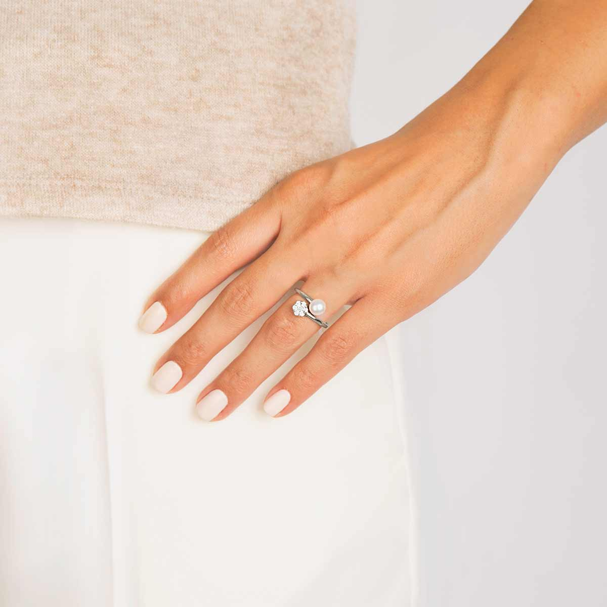 انگشتر طلا flower و مروارید پرسته
