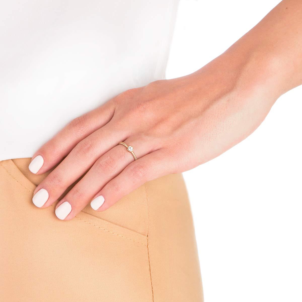 انگشتر طلا تک نگین سفید لونا پیچ