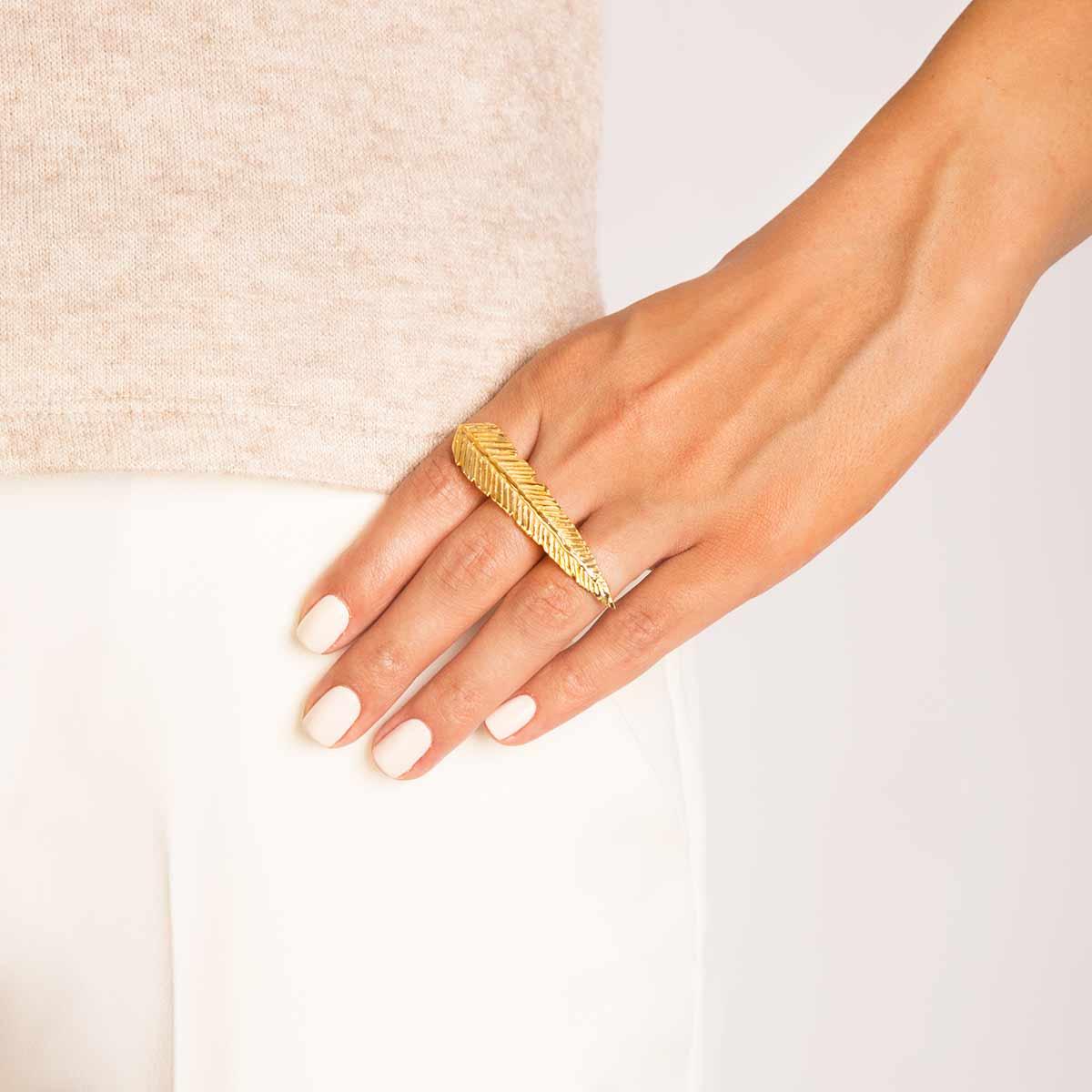 انگشتر طلا پر سه انگشتی پرسته