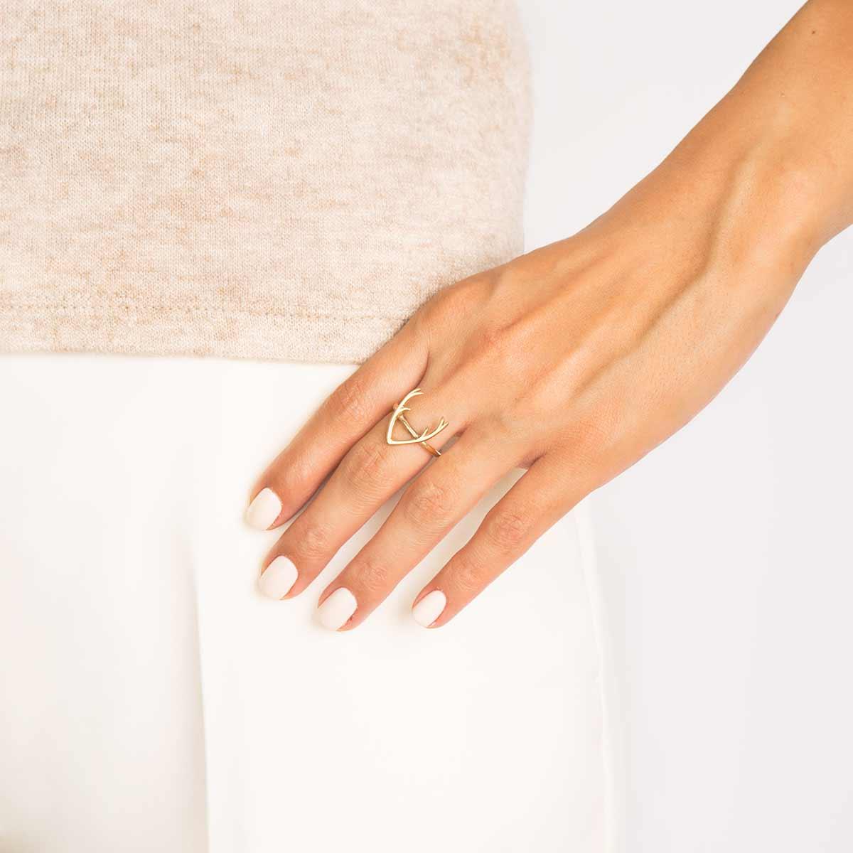 انگشتر طلا گوزن پرسته