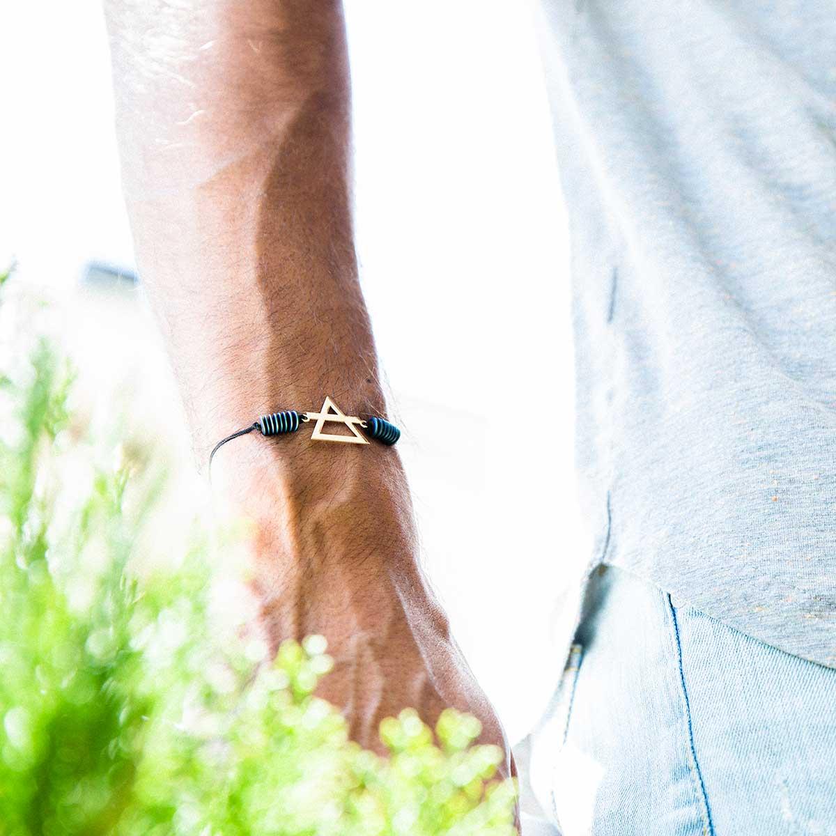 دستبند طلا عنصر باد متوسط
