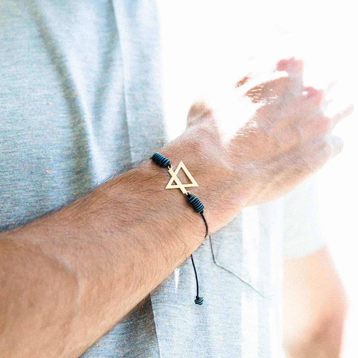دستبند عنصر خاک