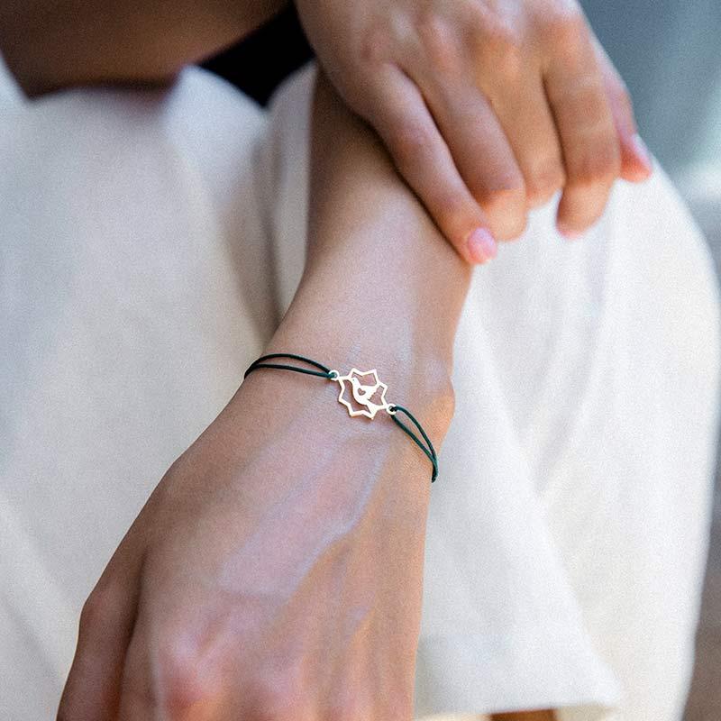 دستبند طلا بافت اسلیمی پرسته