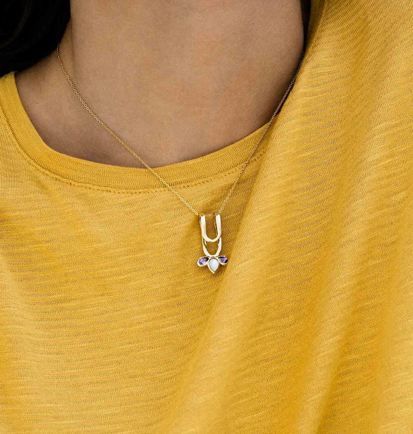 گردنبند طلا باد