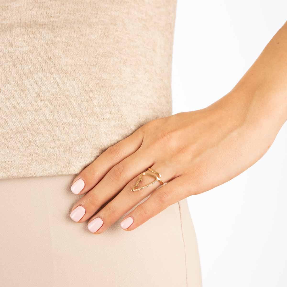 انگشتر طلا بال نگین دار پرسته