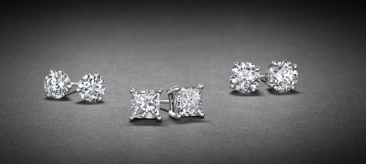 راهنمای انتخاب گوشواره میخی الماس