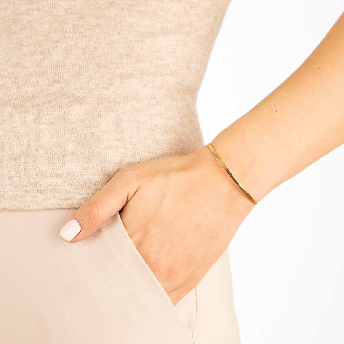 دستبند طلا پرسته باریک
