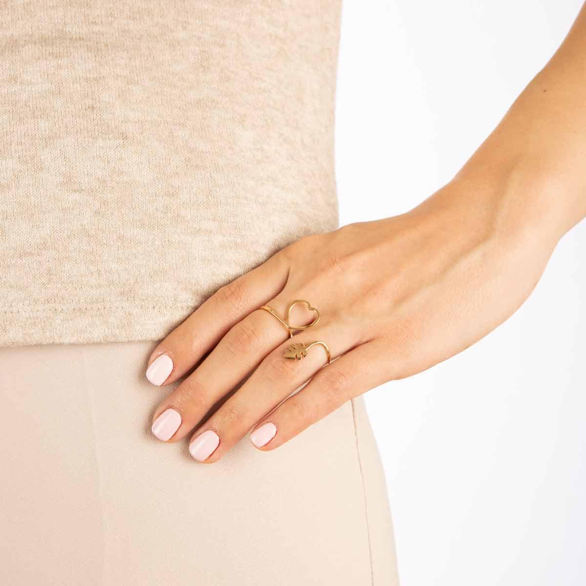 انگشتر طلا آنیلا پرسته
