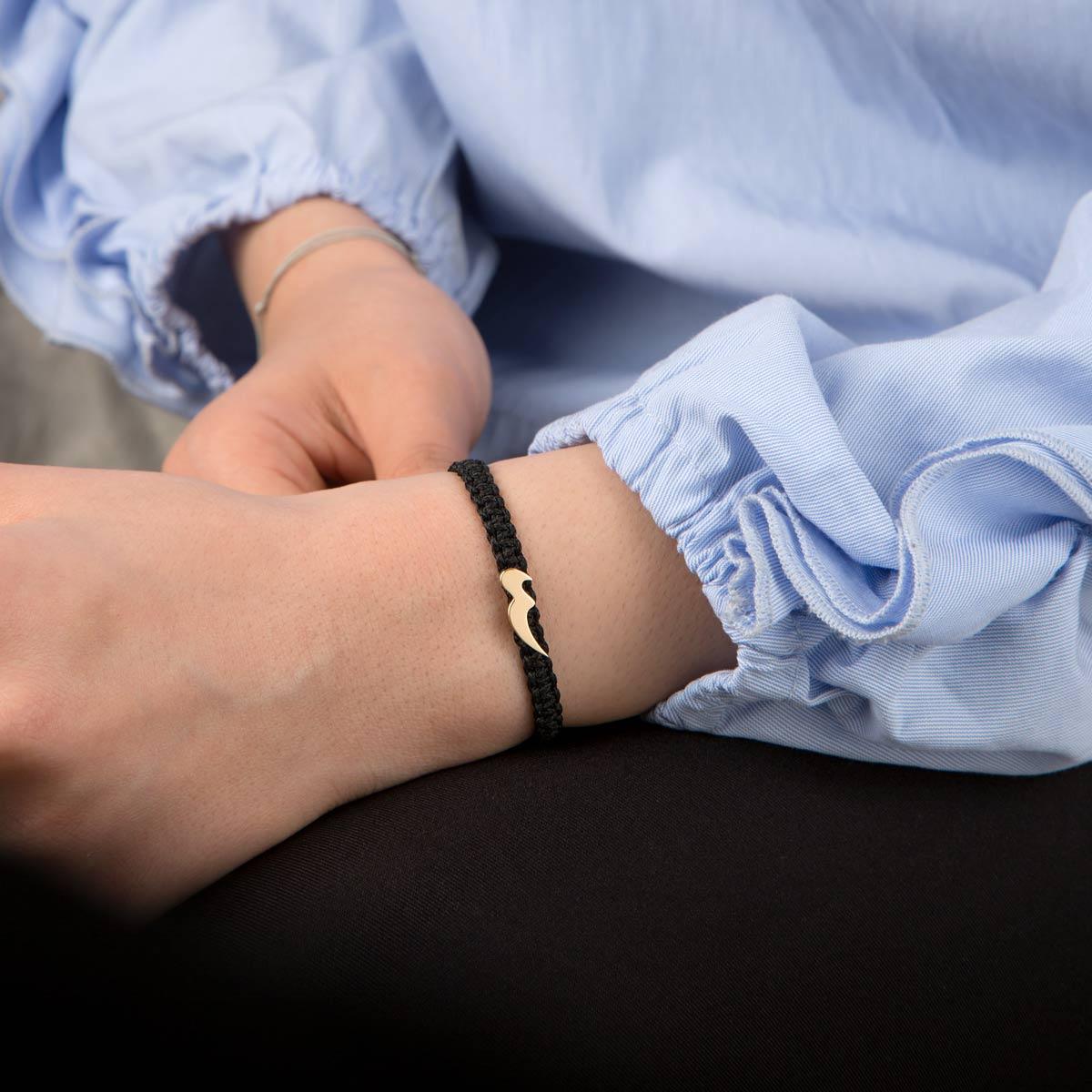دستبند طلا بافت حرف س