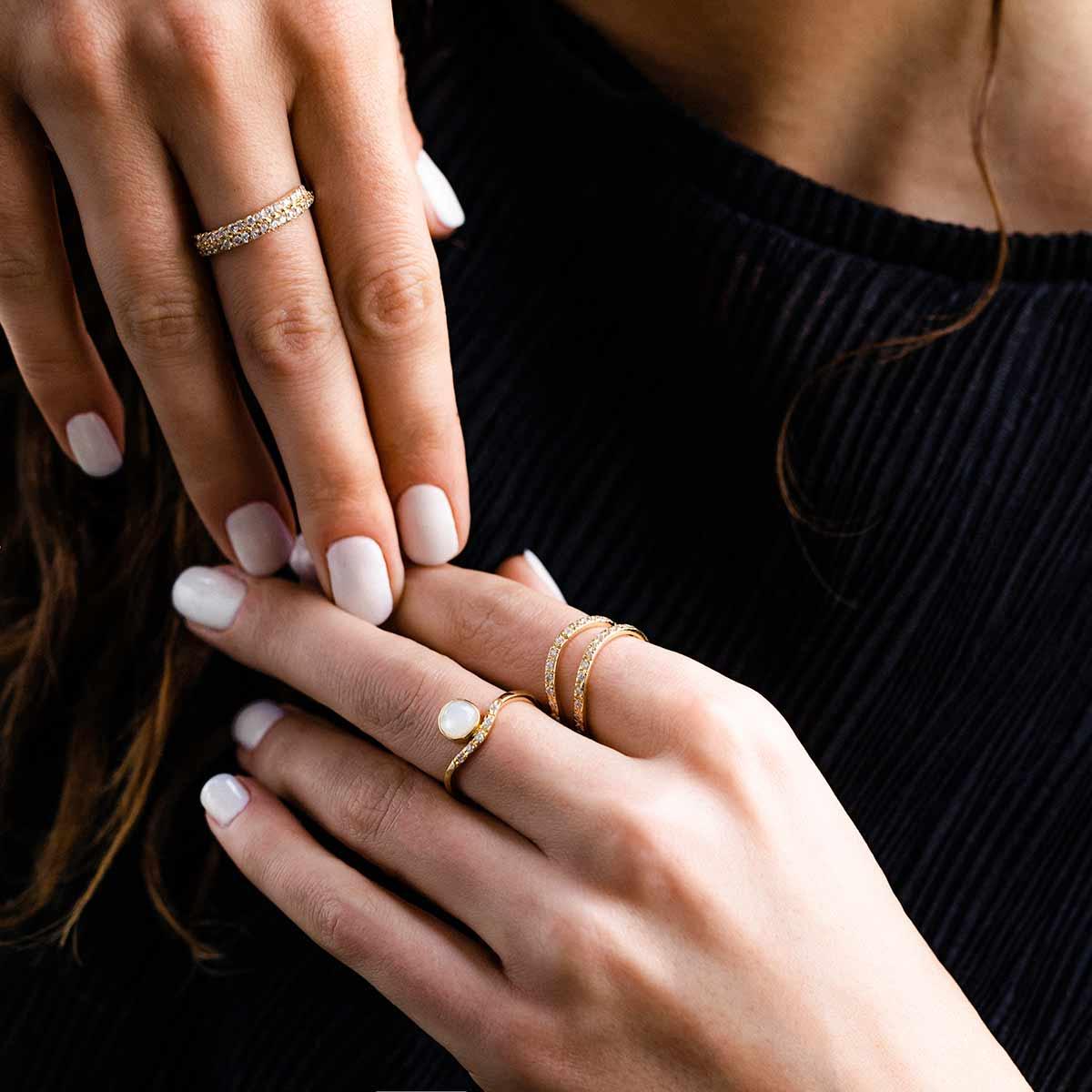 انگشتر طلا صدف نگین دار