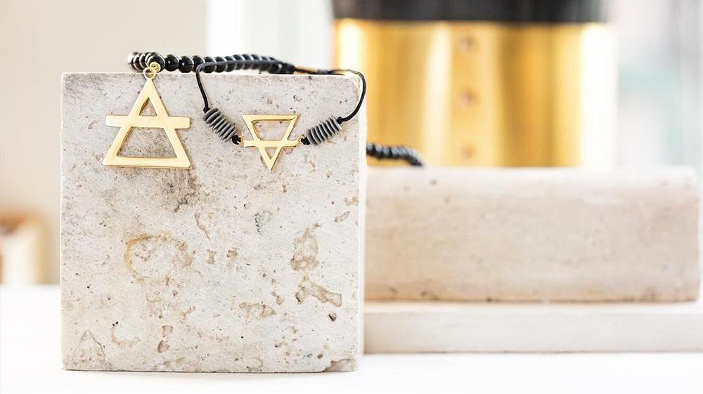تمام آنچه آقایان برای خرید دستبند طلا مردانه باید بدانند