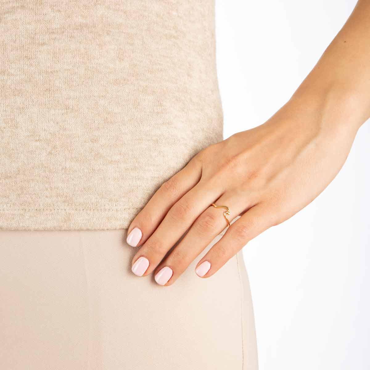 انگشتر طلا موج