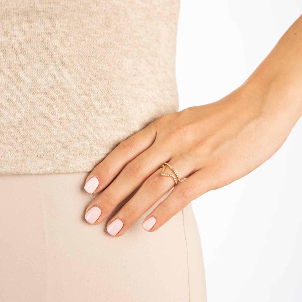 انگشتر طلا تاج پرسته