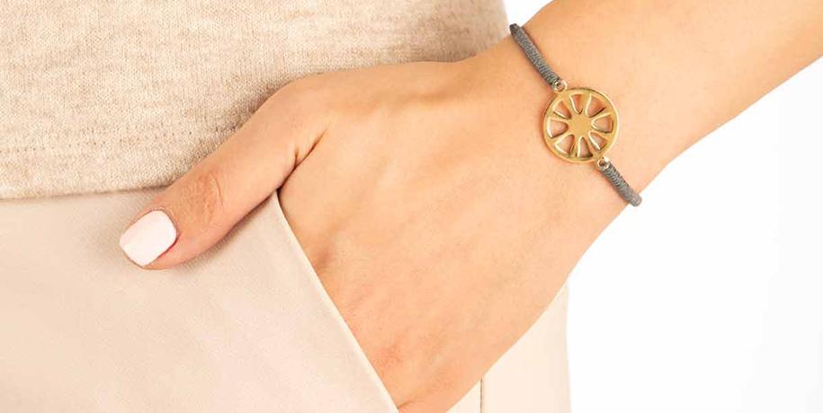 انتخاب دستبند مناسب بر اساس رنگ پوست