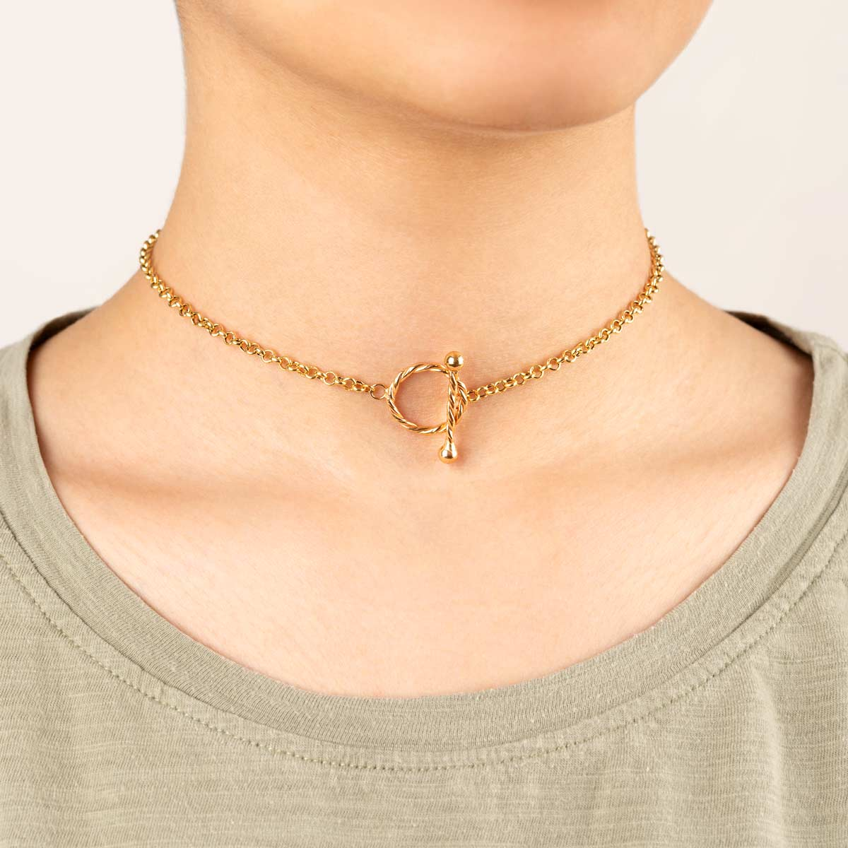 گردنبند طلا رولو و قفل دایره پیچ