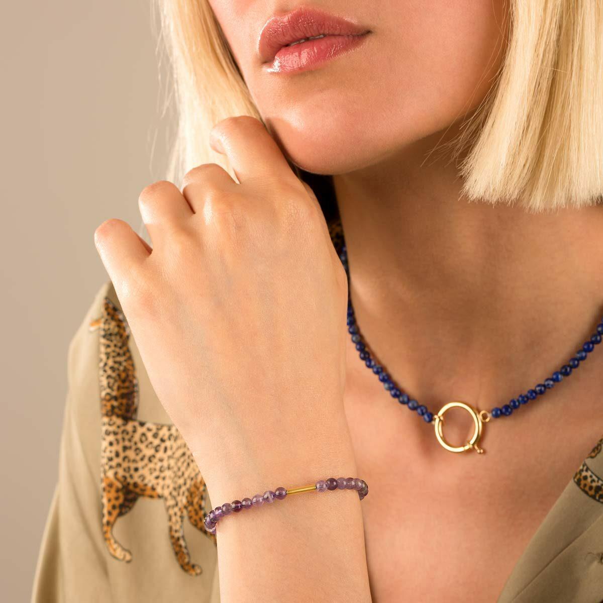 دستبند طلا سنگی استوانه و آمیتیس
