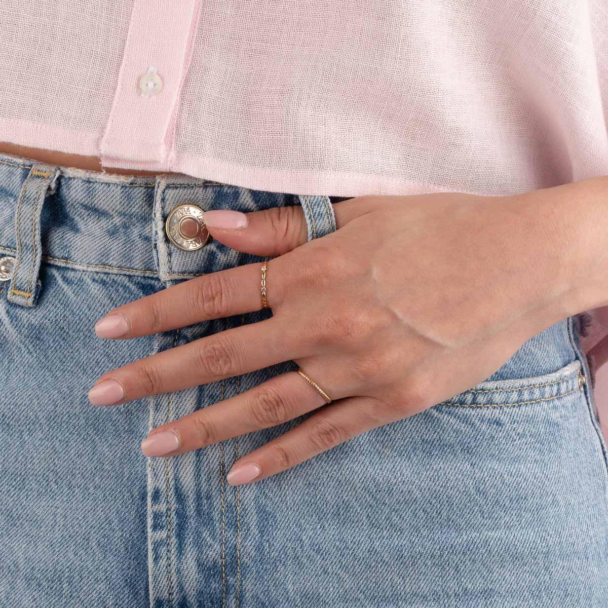 انگشتر طلا آمورا