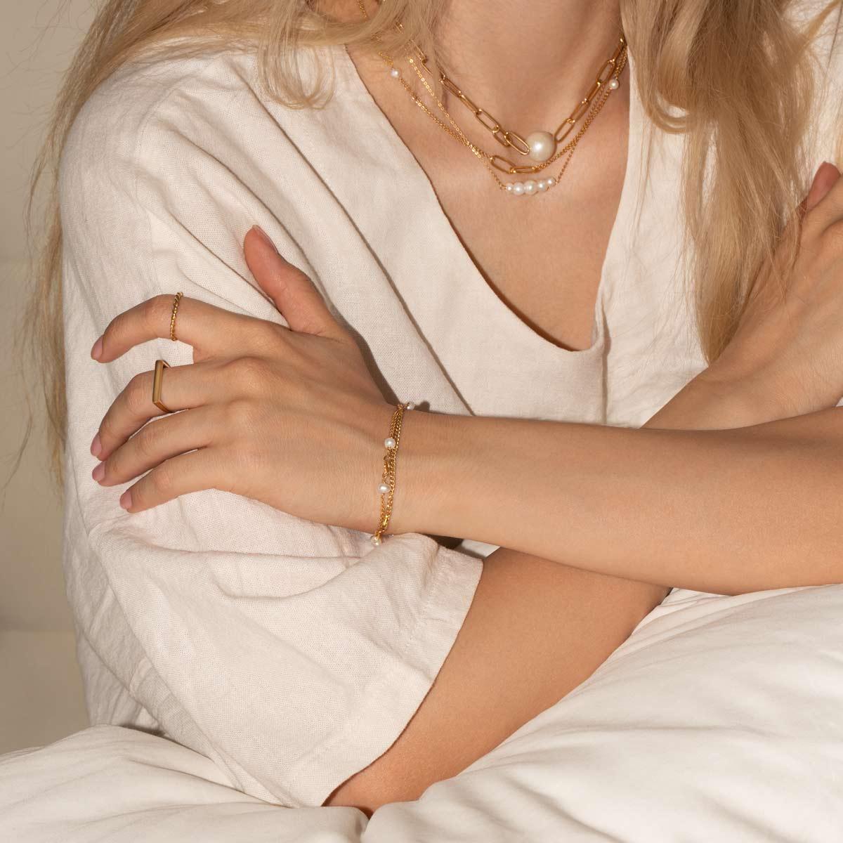 دستبند طلا چهار مروارید