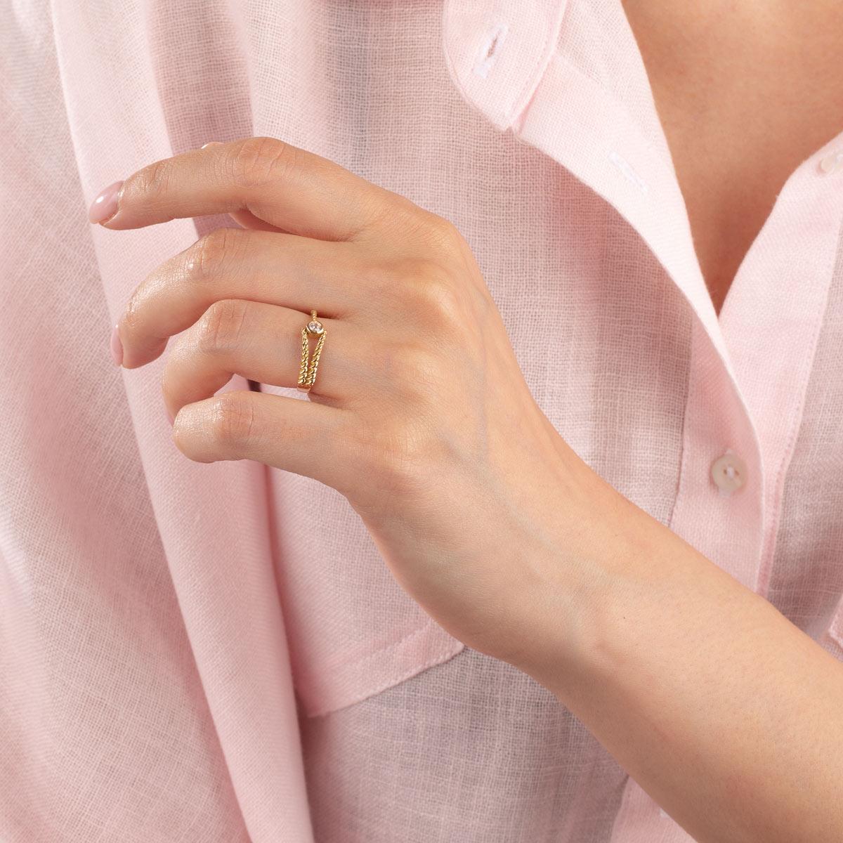 انگشتر طلا آویتا